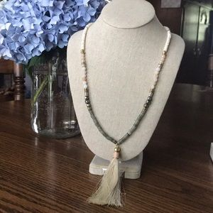 Stella and Dot Retired Antonia Necklace